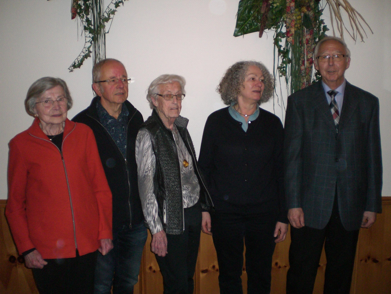 von li. Leni Kükenhöner, stellv. Vors. W. Weibezahl, Erika Finkenhofer, Margareta Gruß, Vors. U. Petersen